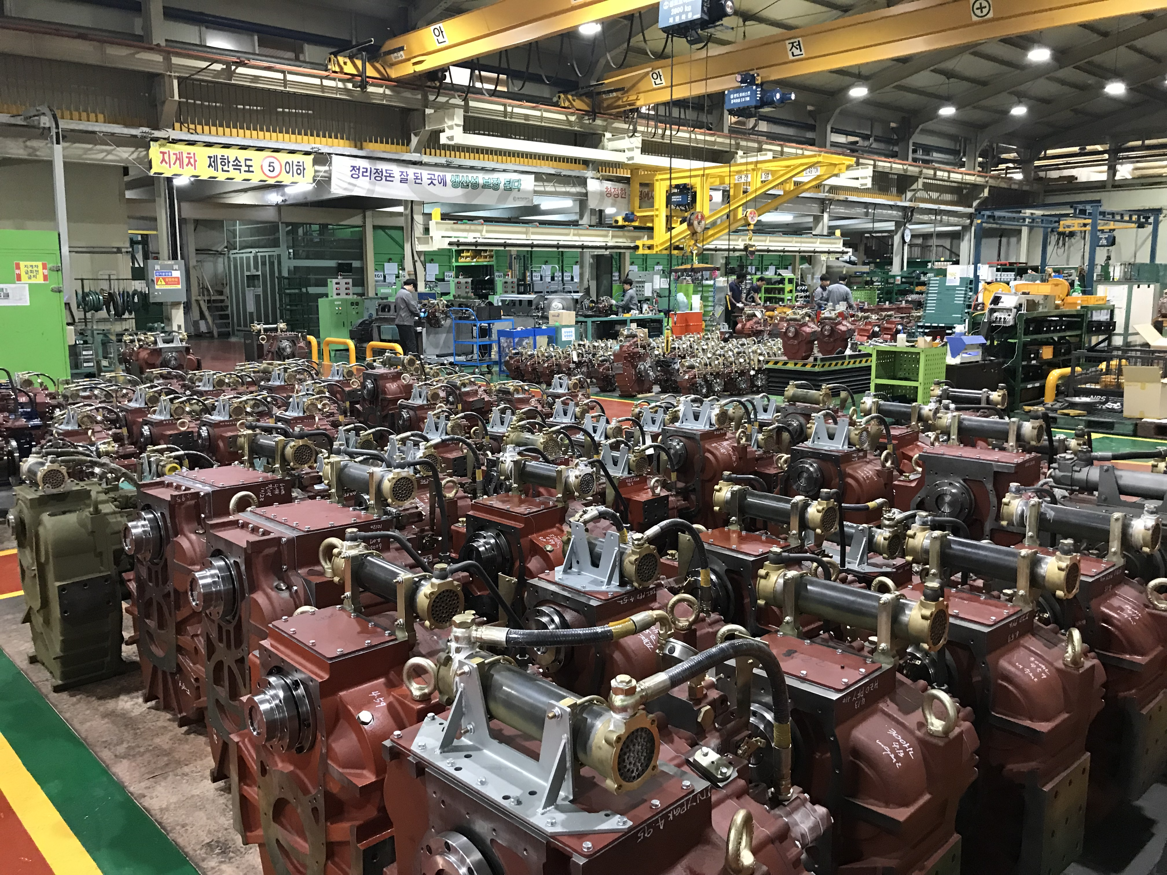 d-i-industrial-factory-inside-engines