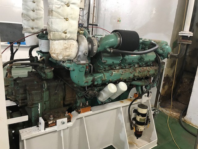 engine-overhaul-field-sales-marine-engine-maintenance