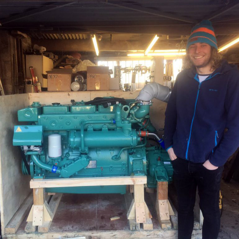 snapper-weymouth-doosan-engines1